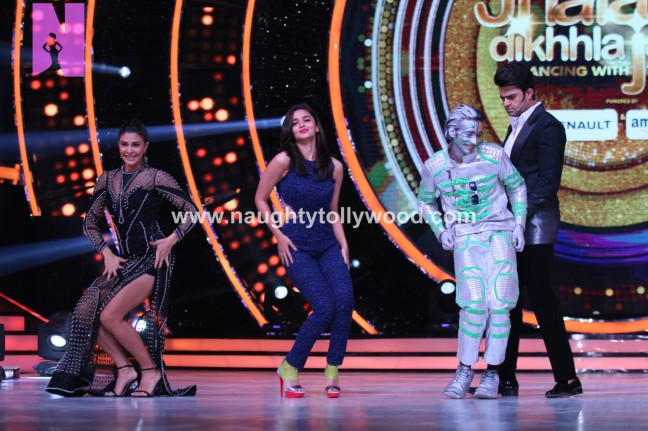 alia-bhatts-appearance-on-jhalak-dikhhla-jaa-14