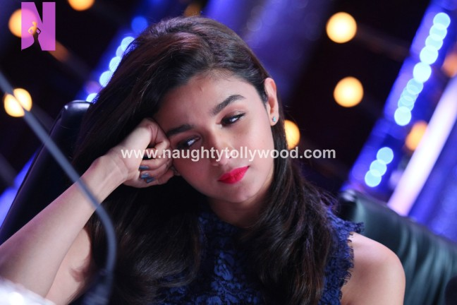 alia-bhatts-appearance-on-jhalak-dikhhla-jaa-24