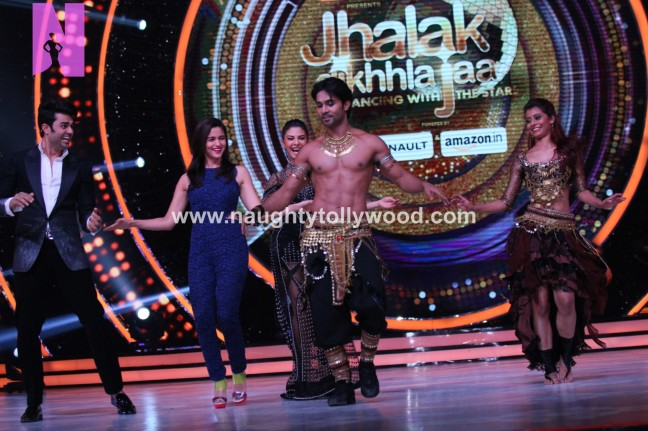 alia-bhatts-appearance-on-jhalak-dikhhla-jaa-7