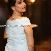 anchor manjusha hot in white