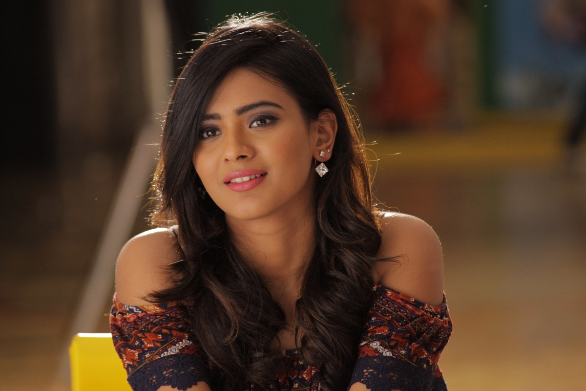 BEAUTIFUL HEBBA PATEL LATEST STILLS #HEBBAPATEL