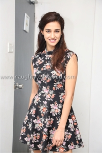 6g8a4194disha-patani-latest