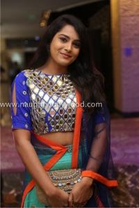 6r3b4425_1600x1067himaja-actress