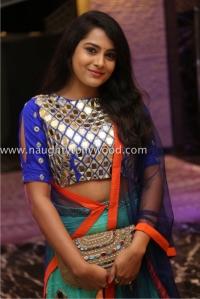 6r3b4437_1600x1067himaja-actress