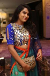 6r3b4469_1600x1067himaja-actress