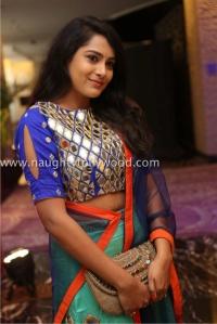 6r3b4476_1600x1067himaja-actress