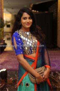 6r3b4483_1600x1067himaja-actress