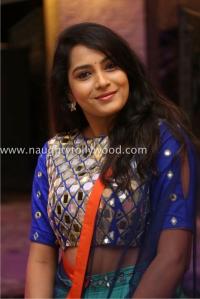 6r3b4494_1600x1067himaja-actress