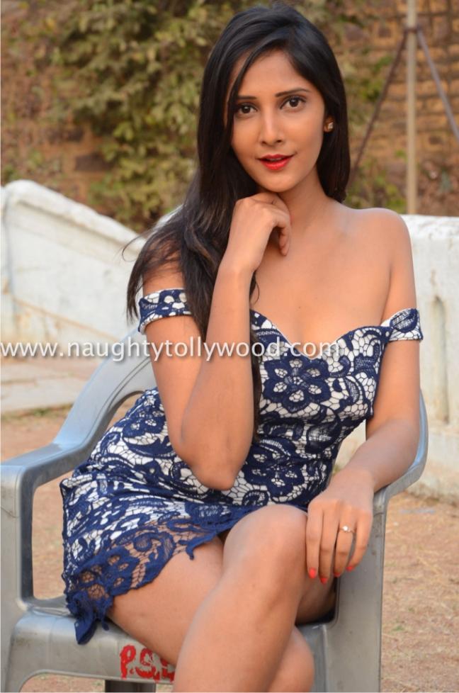 dsc_48450261mahima-kothary-hot