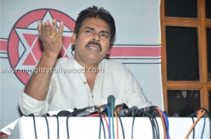 har_0077pawan-kalyan-press-meet