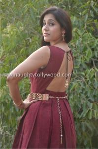 har_0553rashmi-gautam-hot