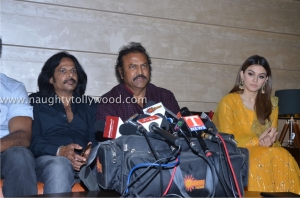 lukkunodu-movie-show-pressmeet-at-sujana-form-mall-60luckunodu-press-meet