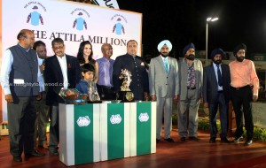 sunny-leone-attends-the-atilla-million-race-by-kishore-dhingra-22