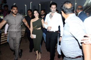 sunny-leone-attends-the-atilla-million-race-by-kishore-dhingra-6