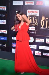 adah sharma hot at iifa awards 2017DSC_02510002