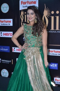 anchor manjusha at iifa awards 2017DSC_5796