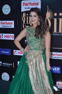 anchor manjusha at iifa awards 2017DSC_5799