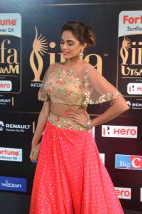 ashmitha sood hot at iifa 201712