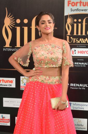 ashmitha sood hot at iifa 201721