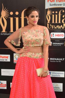 ashmitha sood hot at iifa 201723