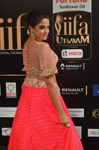 ashmitha sood hot at iifa 201739