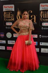 ashmitha sood hot at iifa 201757