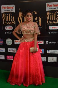 ashmitha sood hot at iifa 201760