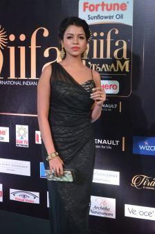 bhavya sri hot at iifa awards 2017 DSC_14810535