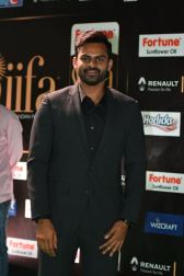 celebrities at iifa awards 2017 HAR_54210008