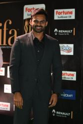 celebrities at iifa awards 2017 HAR_54240011