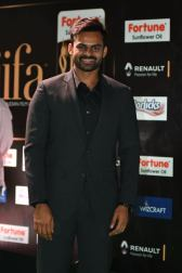 celebrities at iifa awards 2017 HAR_54250012
