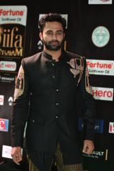 celebrities at iifa awards 2017 HAR_54530017