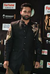 celebrities at iifa awards 2017 HAR_54570021