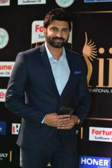 celebrities at iifa awards 2017 HAR_56000026