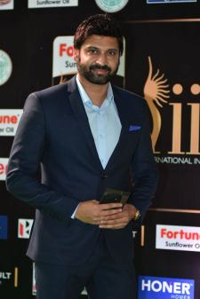 celebrities at iifa awards 2017 HAR_56010027