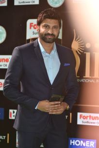 celebrities at iifa awards 2017 HAR_56020028