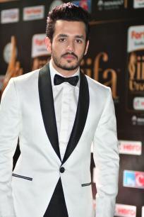 celebrities at iifa awards 2017 HAR_58610004