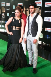 celebrities at iifa awards 2017 MGK_15680012