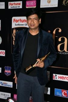 celebrities at iifa awards 2017 MGK_15800023