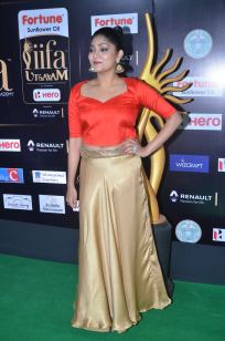 DSC_61040002samyukta hornad at iifa awards