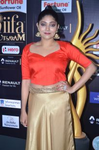DSC_61070005samyukta hornad at iifa awards