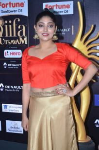 DSC_61170015samyukta hornad at iifa awards