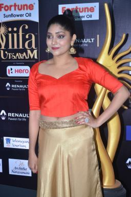 DSC_61230021samyukta hornad at iifa awards