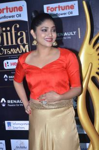 DSC_61350033samyukta hornad at iifa awards