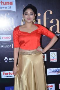 DSC_61410039samyukta hornad at iifa awards