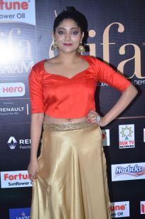 DSC_61420040samyukta hornad at iifa awards