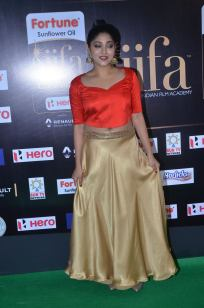 DSC_61680066samyukta hornad at iifa awards