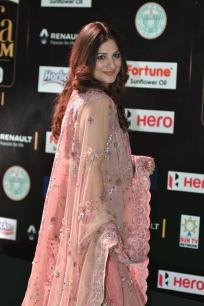 gowri munjal hot at iifa awards 2017 HAR_56290027