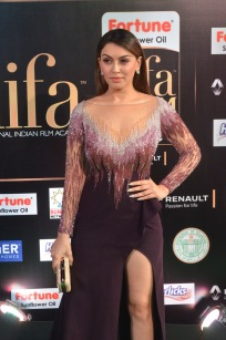 hansika hot at iifa awards 2017DSC_8316