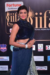 ishitha vyas hot at iifa awards 2017DSC_00530001